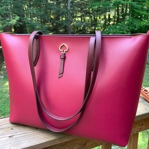 Authentic Kate Spade grain leather zip tote❤️